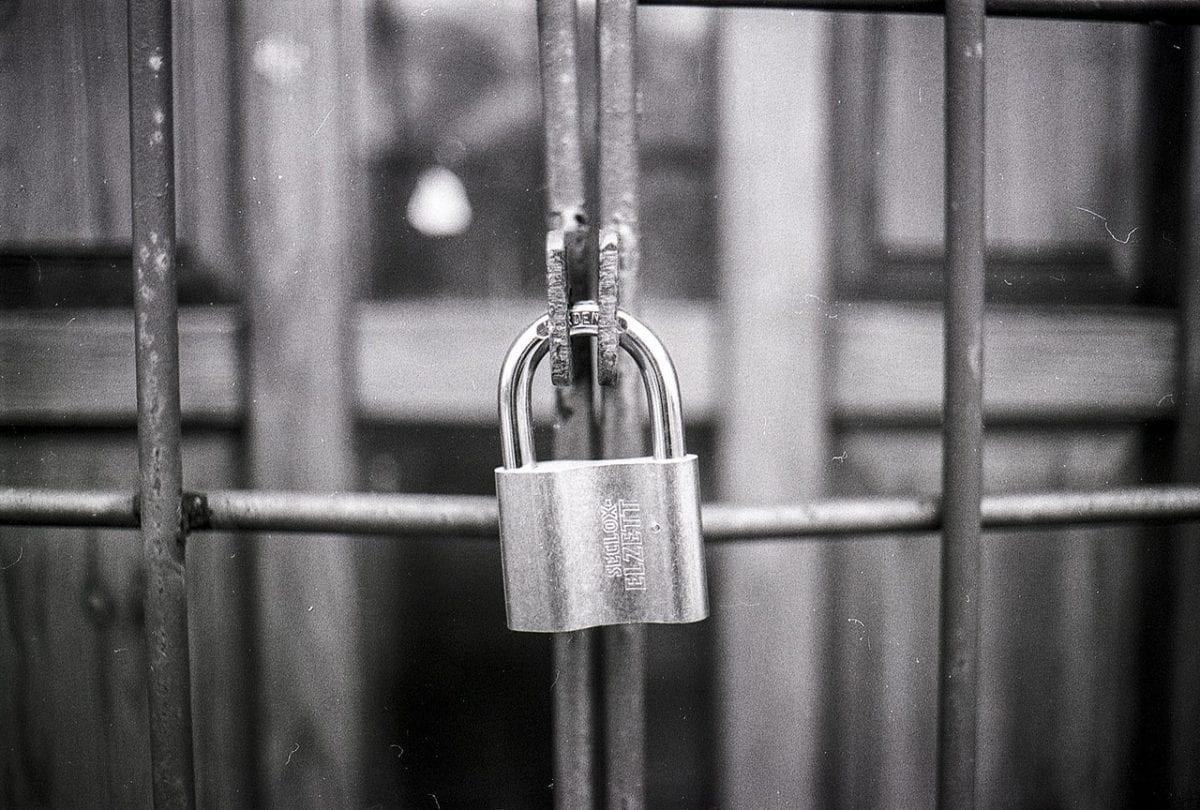 chatbot security padlock