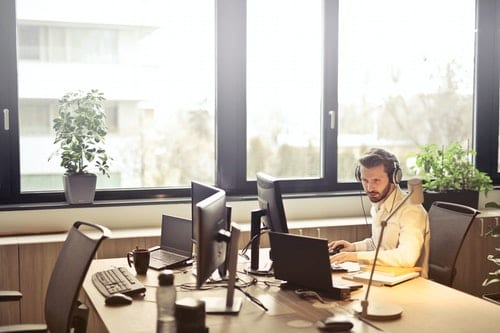7 Ways to Better Support Your Customer Service Team